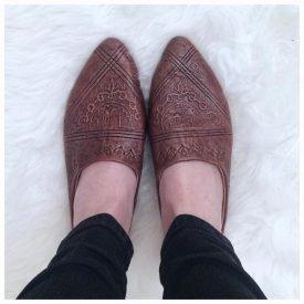 Women's Shoe - Engraved Leather - Arabic Design