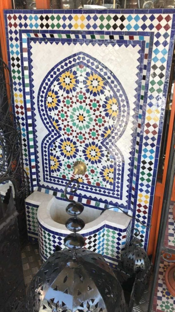 Mosaic Fountain 120 cm - Installation - Color Tile