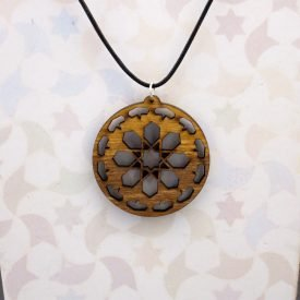 Openwork Olive Wood Pendant - Nazarí Alhambra Design