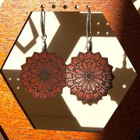 Engraved Leather Earrings - Silver Setting - Generalife Model